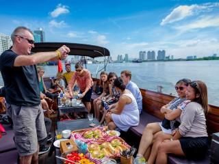 Breakfast cruise along Saigon river