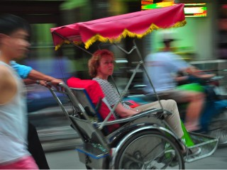 Hanoi Cyclo & Street Food Tour (4 hours) - Private tour - 25% off
